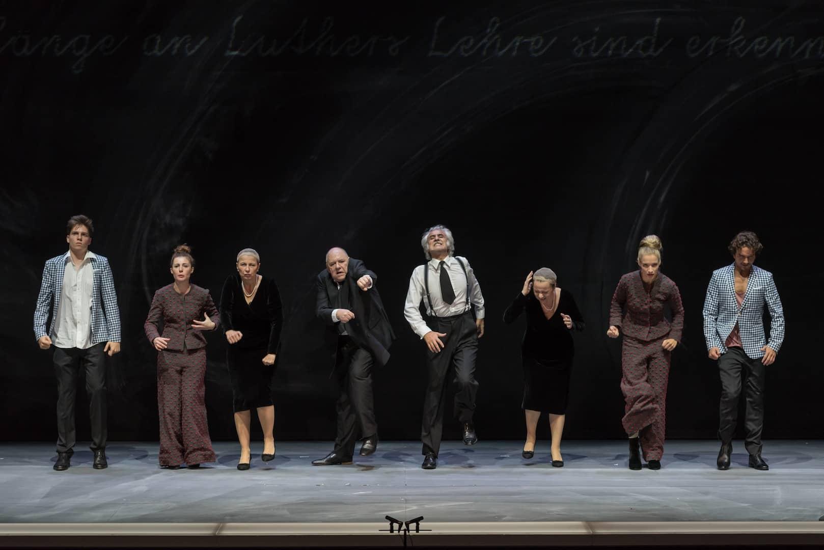 Conversando di teatro - Il giorno di un Dio